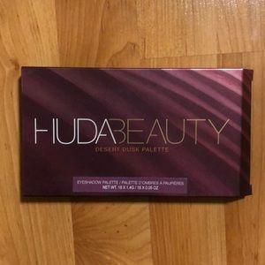 Authentic Huda Beauty Desert Dusk Palette